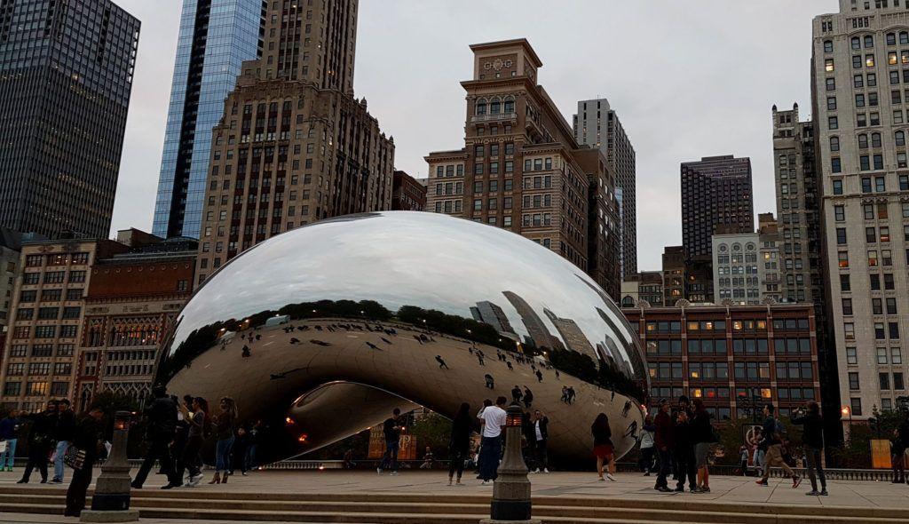 La famosa Bean de Millenium Park - Qué ver en Chicago