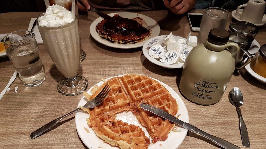 Desayuno - Lou Mitchell's