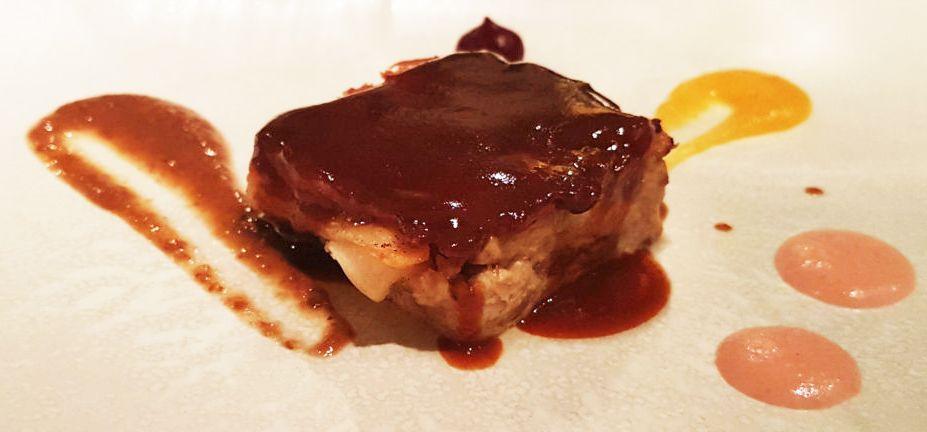 Lingote de cochinillo bañado con salsa hoisin - Restaurante Lúa