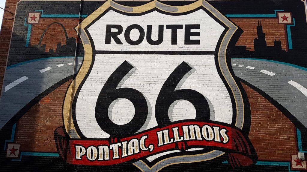 Etapa 1 de la ruta 66: Mural en Pontiac