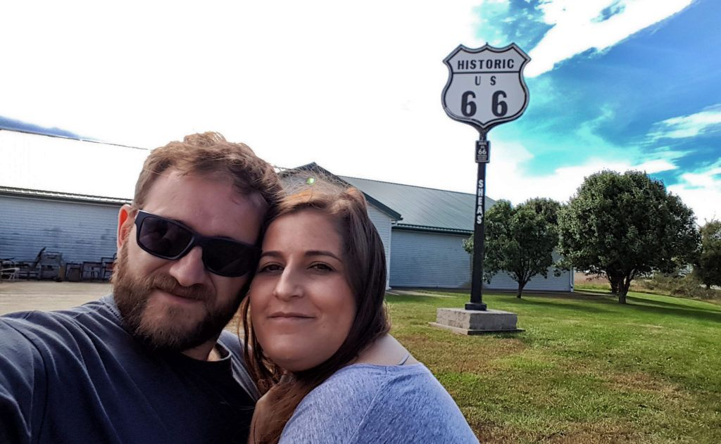 Etapa 2 de la Ruta 66: Uno de los infinitos carteles de la ruta que encontrarás en el camino