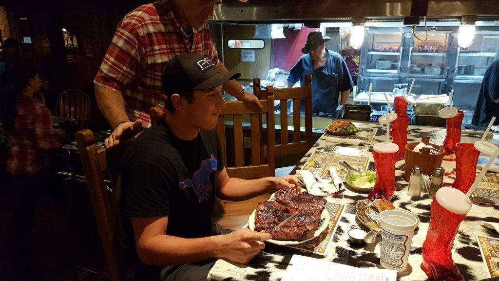 Dónde comer en la Ruta 66: The Big Texan - Mejores restaurantes de la Ruta 66: The Big Texan