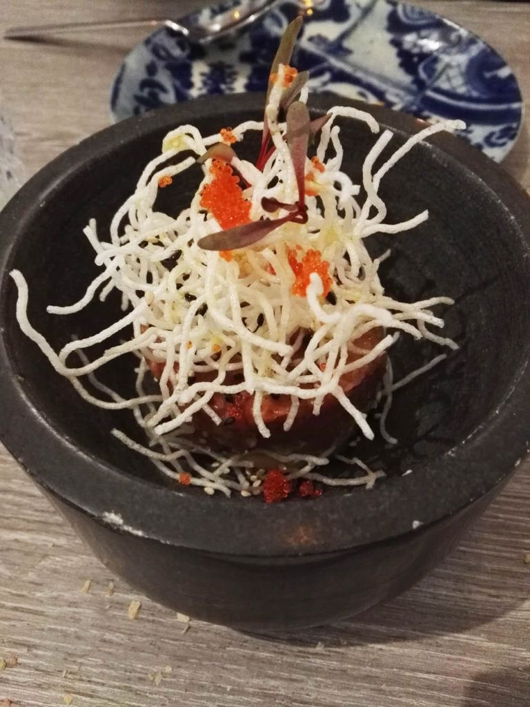 Tartar de atún rojo de almadraba, tobiko y kimchinesa