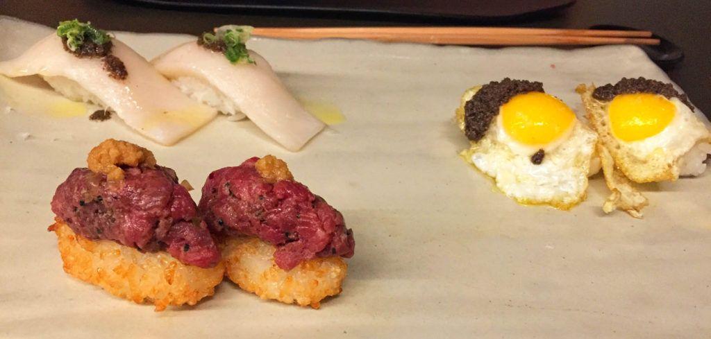 Nigiris de pez mantequilla con trufa, huevo de codorniz con paté de trufa blanca y steak tartar - Restaurante Kabuki