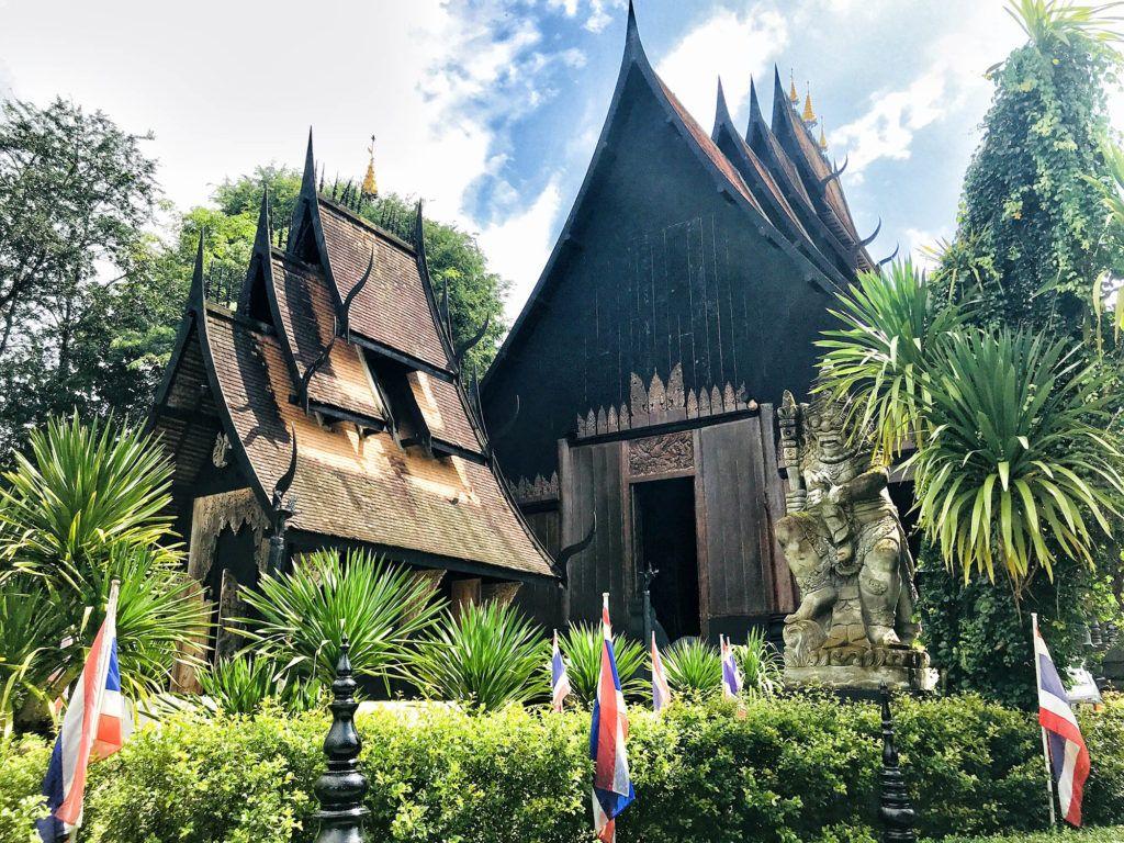 Qué ver en Chiang Rai: Black House - excursiones en Tailandia