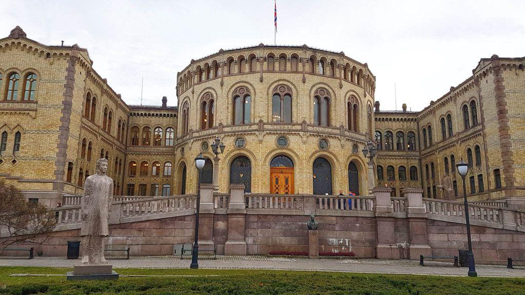 Qué ver en Oslo - Parlamento de Oslo