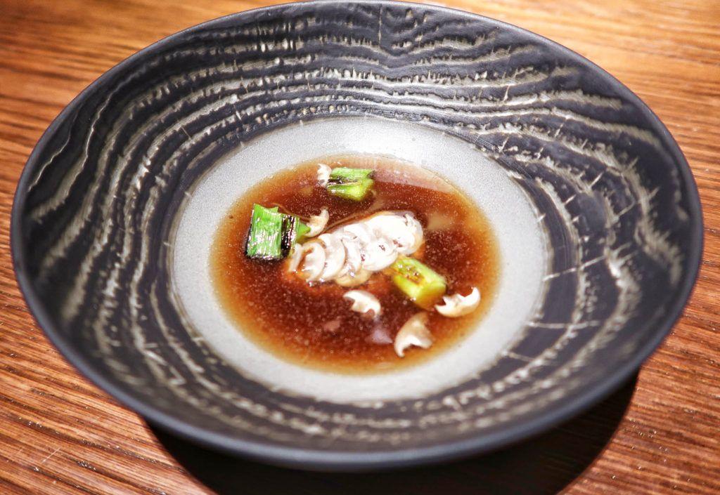 Restaurante dStage - Morcilla de Beasain, puerro joven y ceniza