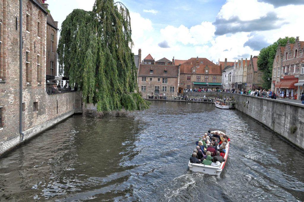 Viaje en autocaravana por Europa: Brujas