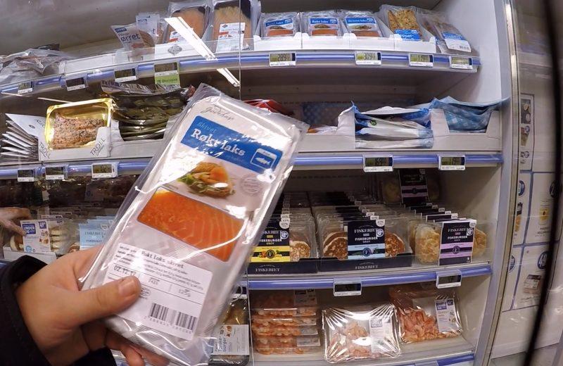 Probando comida noruega [VÍDEO]