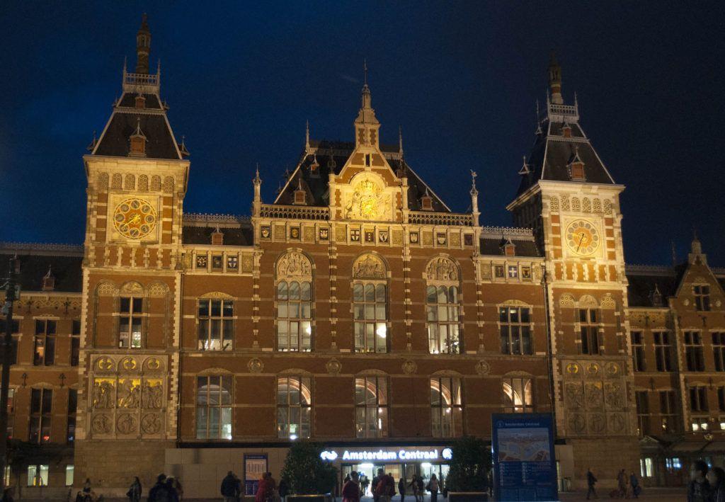 Qué ver en Amsterdam: Estación Central