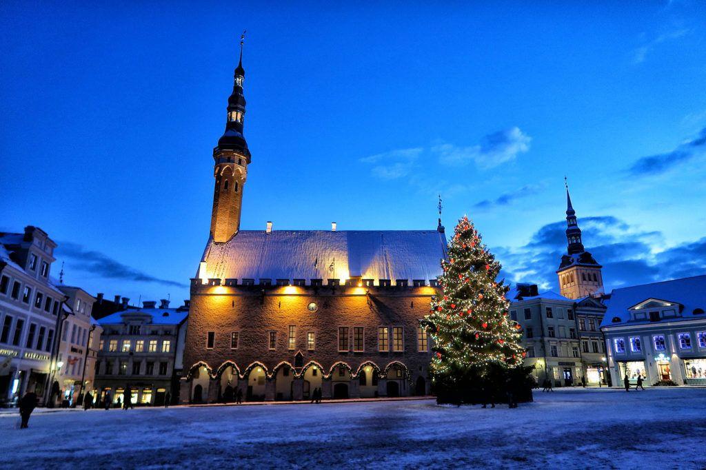 Qué ver en Tallín: Ayuntamiento y Plaza del Ayuntamiento