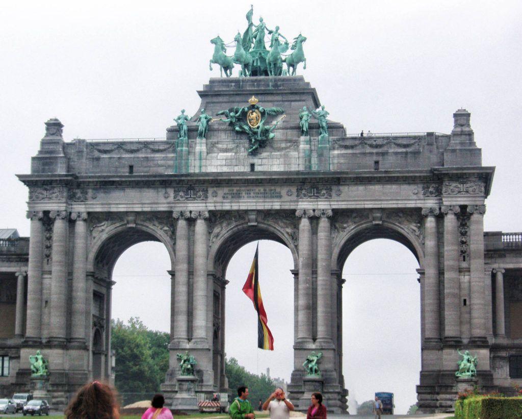 Qué ver en Bruselas: Arco del Cincuentenario