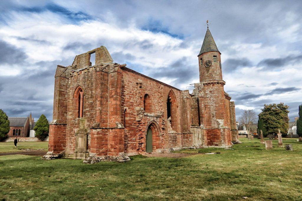 Ruta por Escocia en coche: Fortrose Cathedral