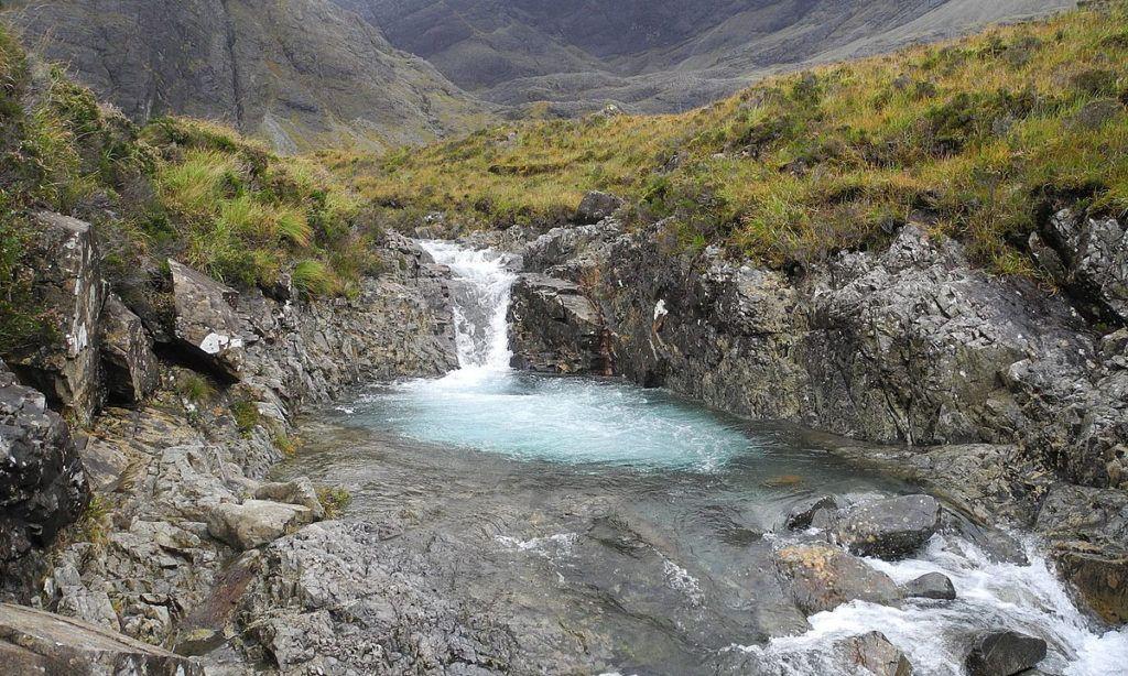 Ruta por Escocia en coche: Fairy Pools en la isla de Skye