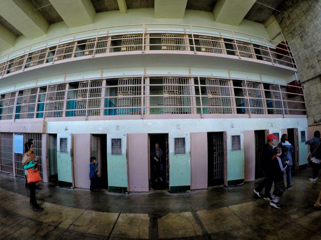 Visitar Alcatraz: las celdas