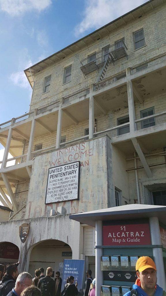 Visitar Alcatraz: graffitis de la ocupación