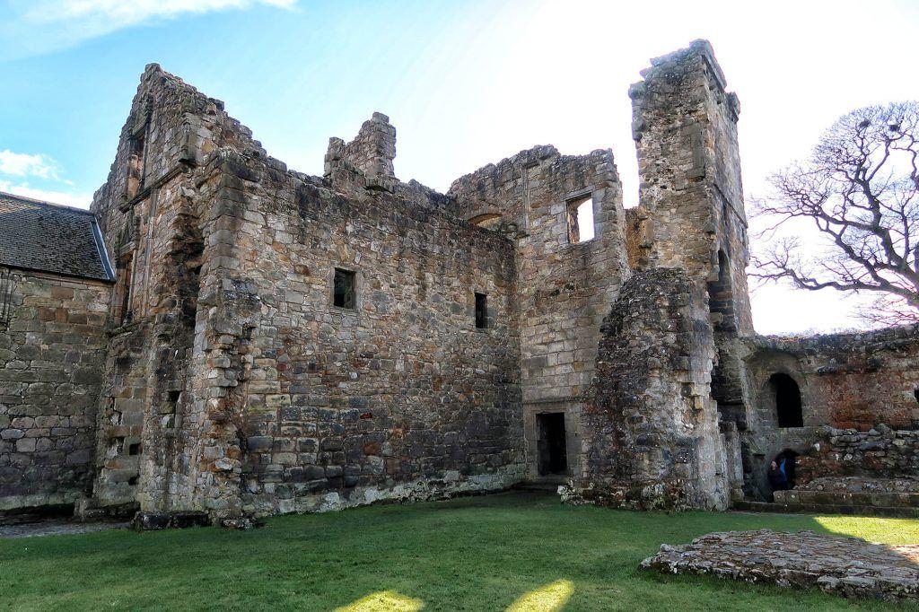 Ruta por Escocia en coche: Aberdour Castle