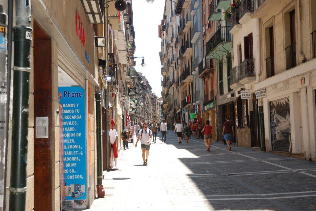 Qué ver en Navarra: Calle Estafeta en Pamplona