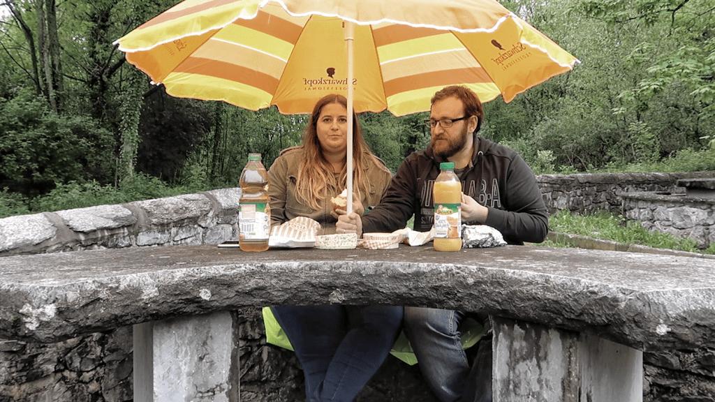 Así nos lo montamos cuando queremos hacer un picnic y nos llueve