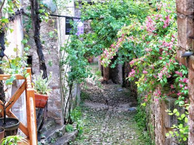 Visitar Saint Cirq Lapopie: cómo llegar, dónde aparcar e información útil