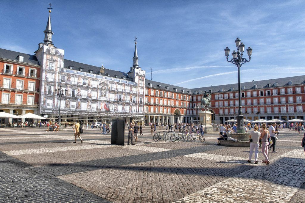 Qué ver en Madrid: Plaza Mayor - imprescindibles en Madrid