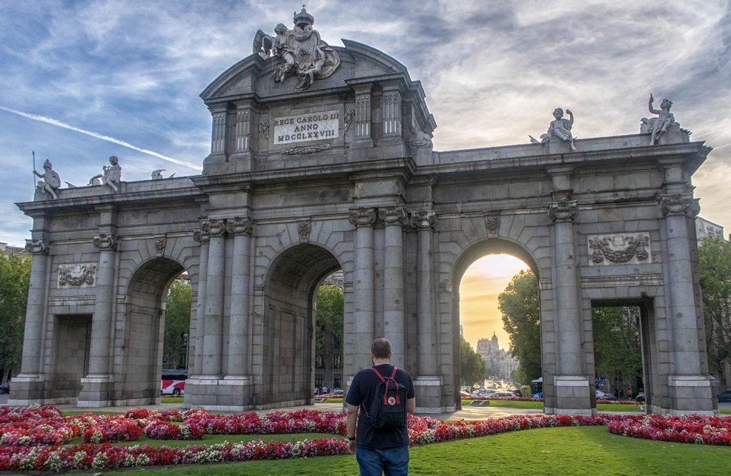 Qué ver en Madrid: Puerta de Alcalá - imprescindibles en Madrid