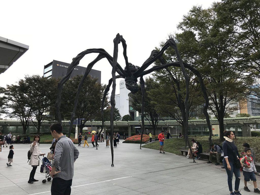 Qué ver y hacer en Roppongi: Araña de Louise Bourgeois