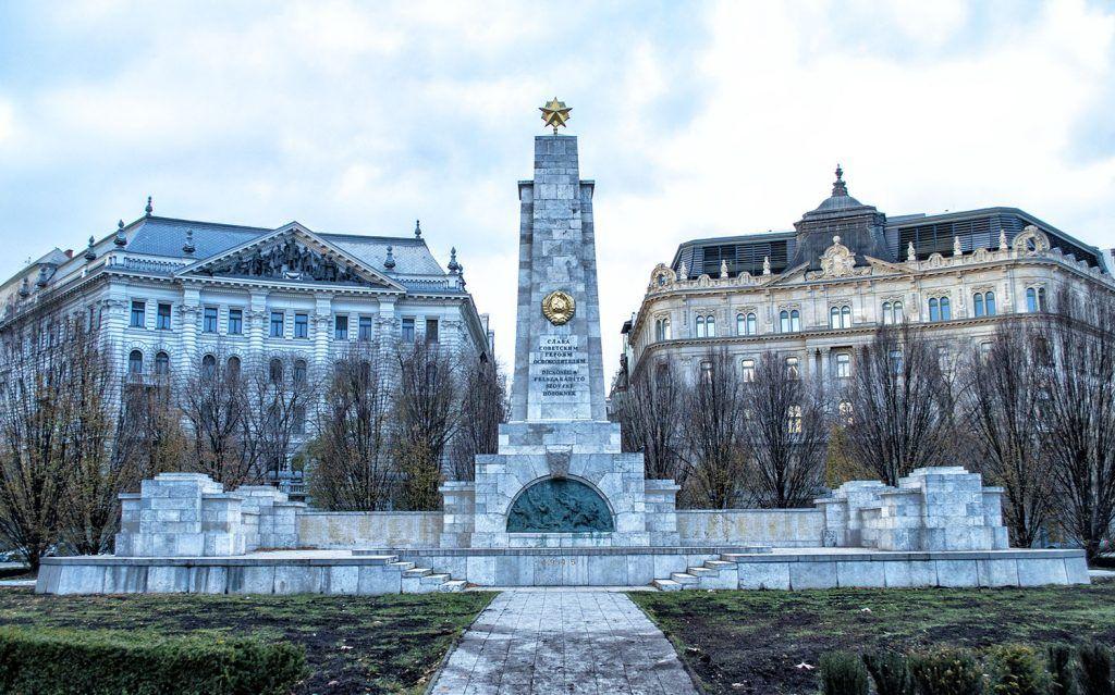 Qué ver en Budapest: Plaza de la Libertad