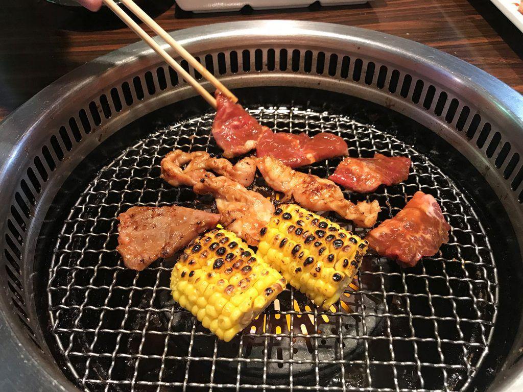 Dónde comer en Tokio: Yakiniku en Shin-Okubo