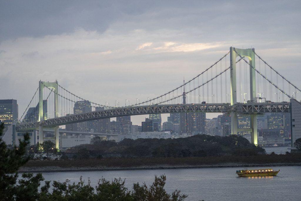 Qué ver y hacer en Odaiba: Rainbow Bridge