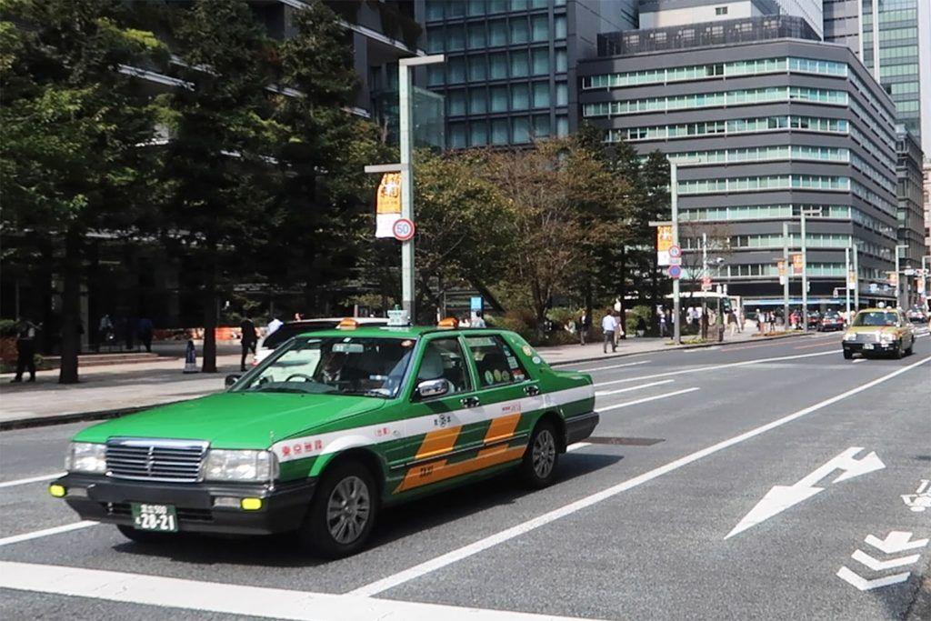 Transporte en Tokio: taxi - 15 cosas que nos debes hacer nunca en Japón - curiosidades de Japón