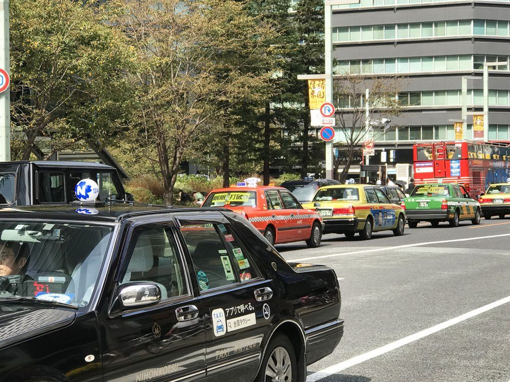 Transporte en Tokio: taxi - Transporte en Osaka