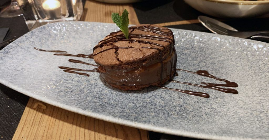 TOGA: Alfajor de chocolate y dulce de leche