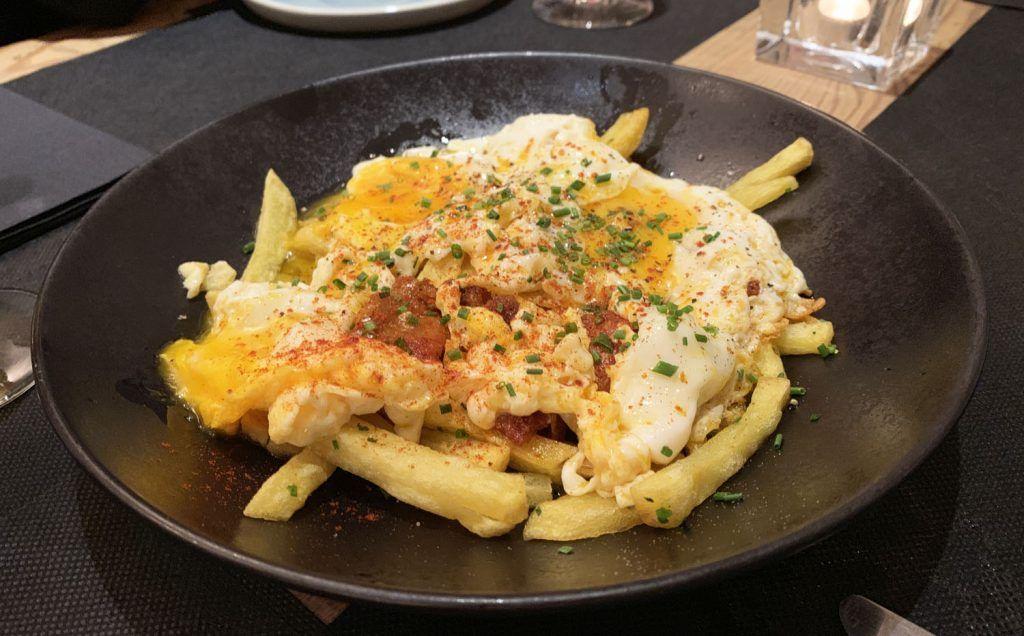 TOGA: Huevos rotos con sobrasada de Mallorca