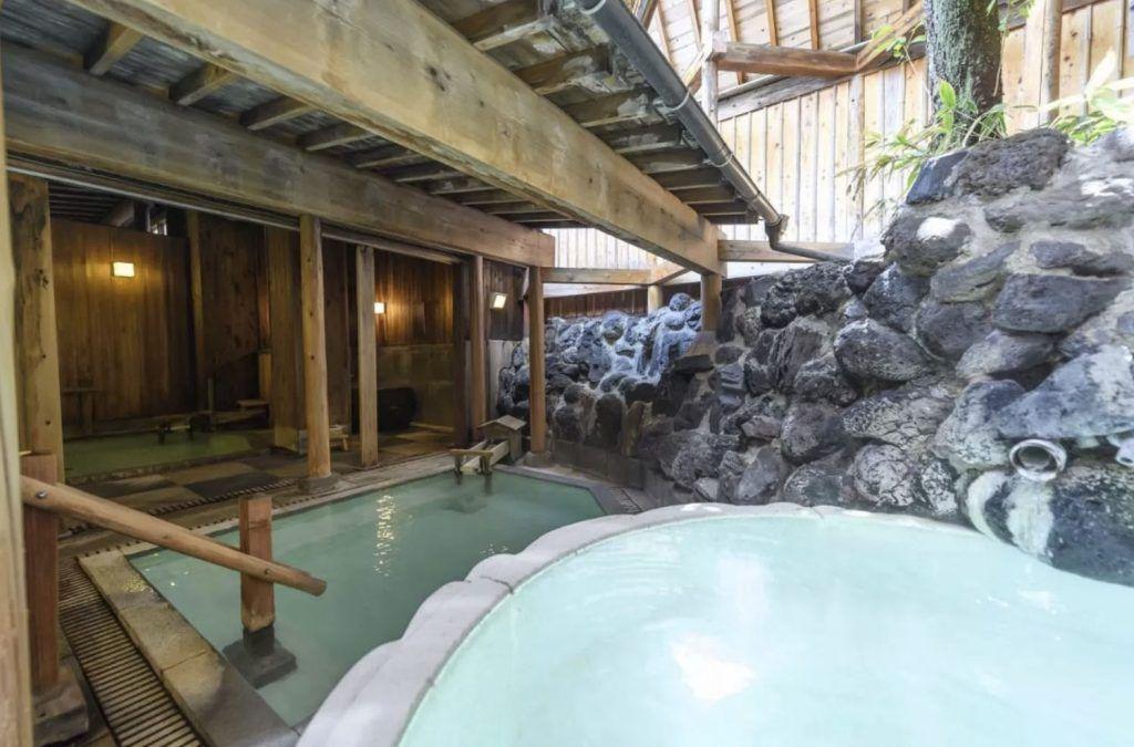 Dormir en un ryokan en Japón: Naraya