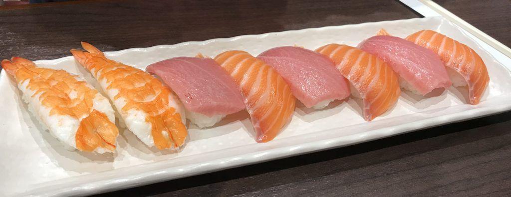 Dónde comer en Kioto: Sushi Bar Naritaya - cuánto cuesta un viaje a Japón