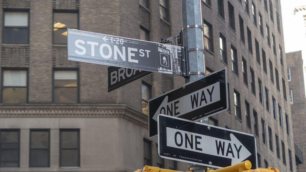 Qué ver en Wall Street: Stone Street - dónde dormir en Nueva York