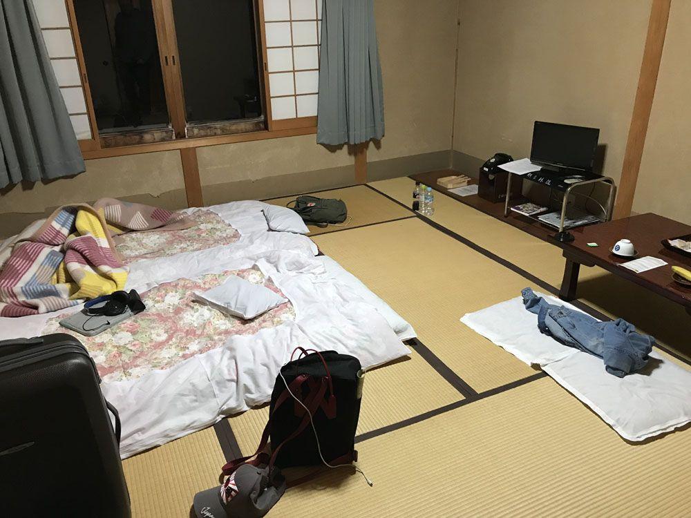 Dormir en un templo budista: nuestra habitación