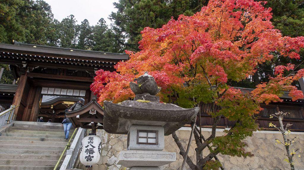 Qué ver en Takayama: Sakurayama Hachimangū - consejos para viajar a Japón - mejor época para viajar a Japón
