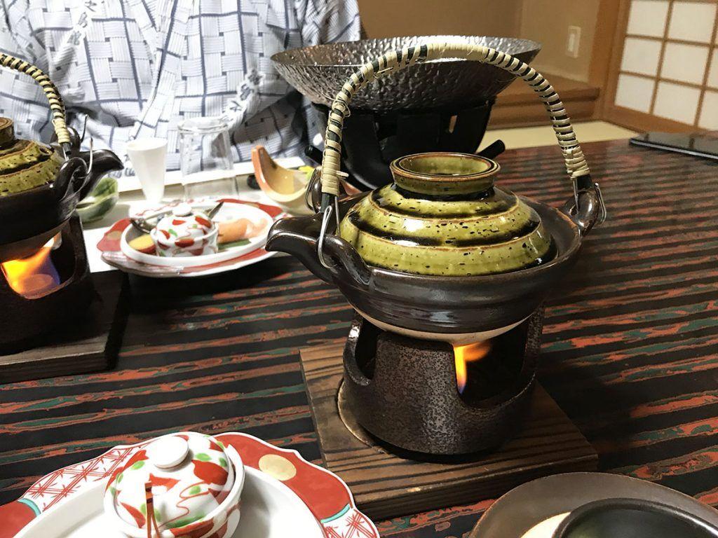 La cena en Yunoshimakan