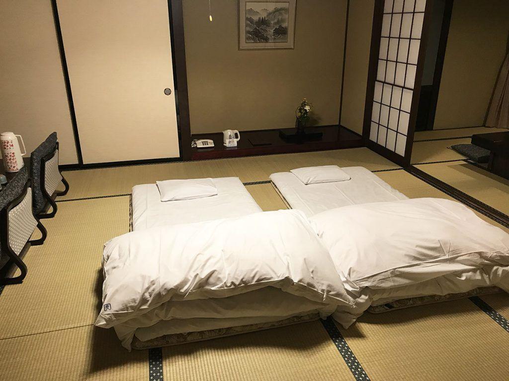 Nuestra habitación en el Hiratakan