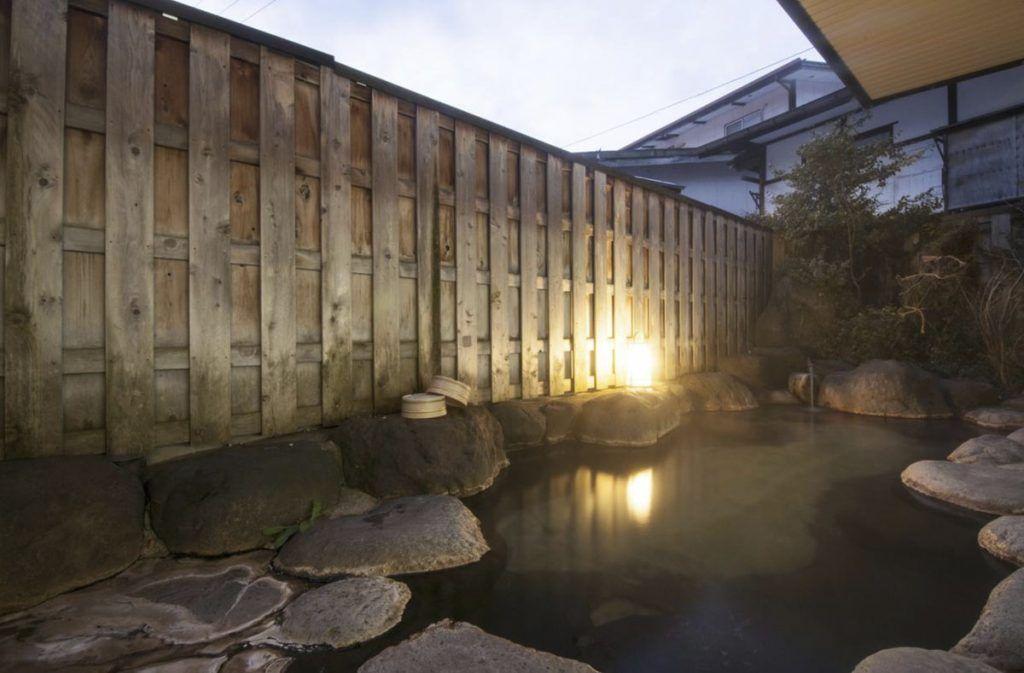 Onsen exterior del Hiratakan