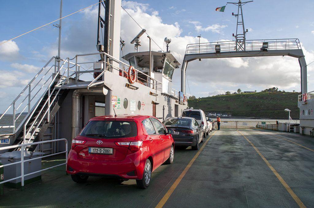 Primera etapa de nuestra ruta por Irlanda: ferry de Ballyhack a Passage East