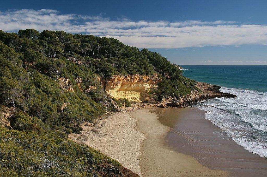 Las playas más bonitas de España: Cala Fonda
