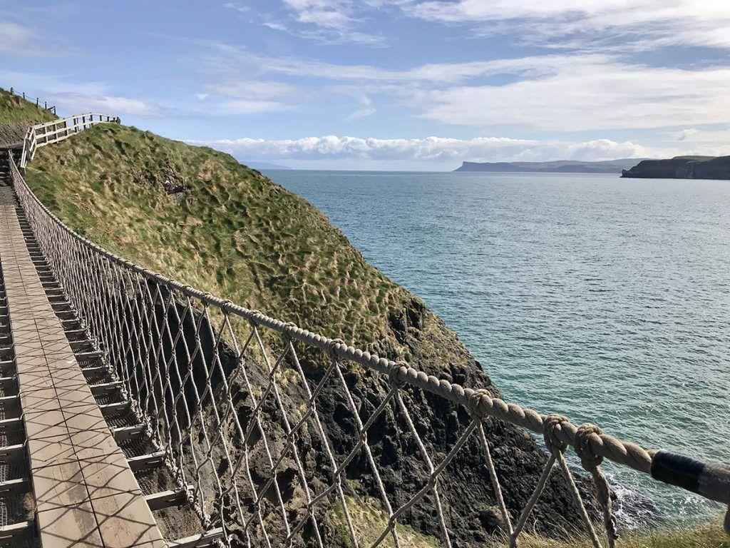 Cruzar el puente Carrick-a-Rede