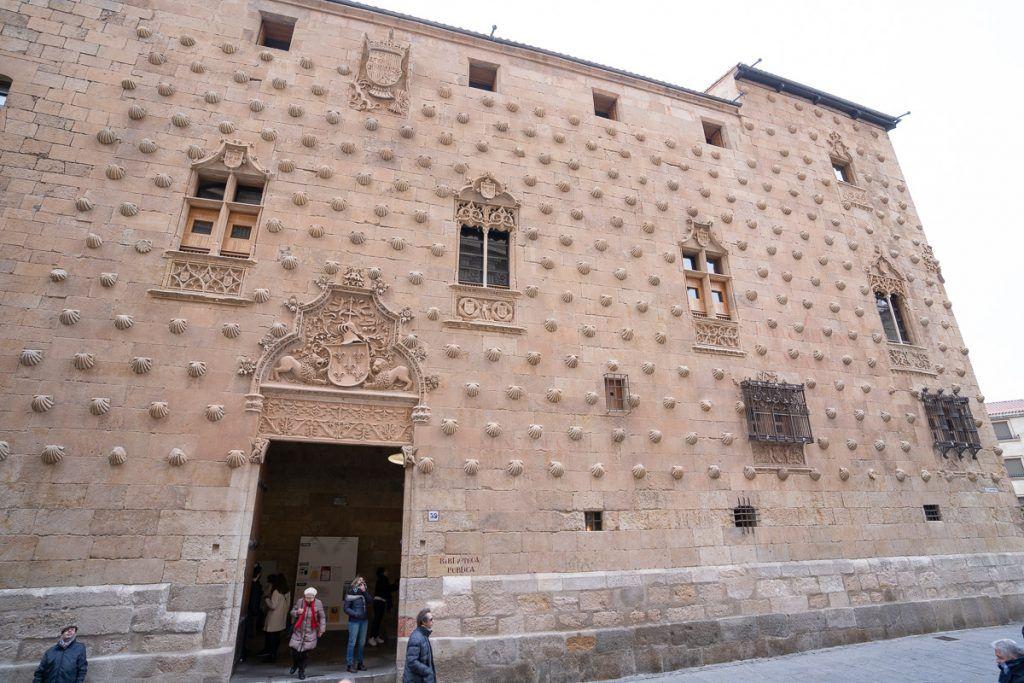 Qué ver en Salamanca: Casa de las Conchas