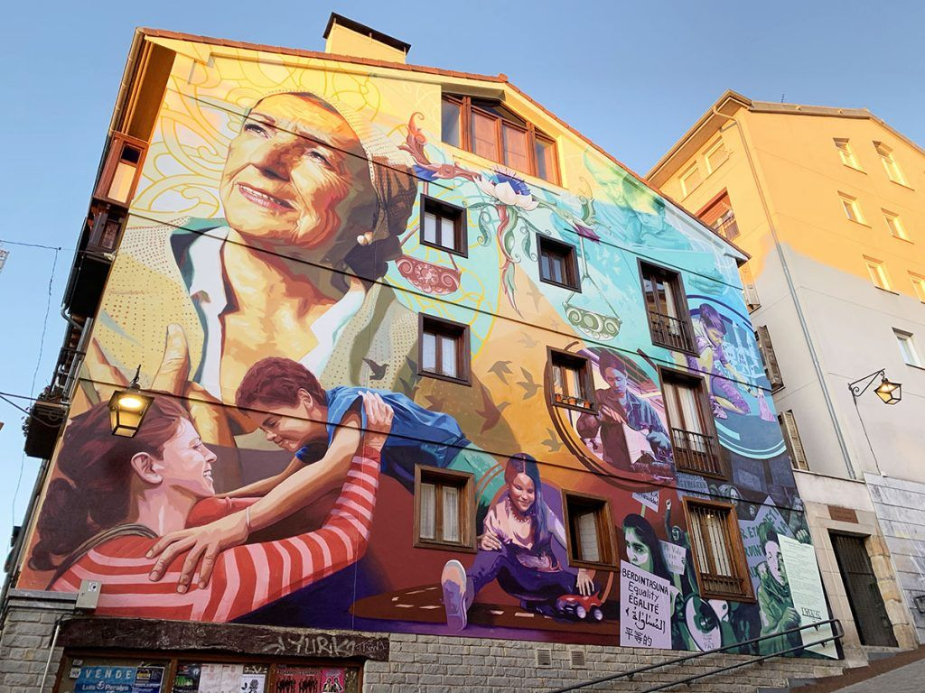 Qué ver en Vitoria: Murales de la ciudad