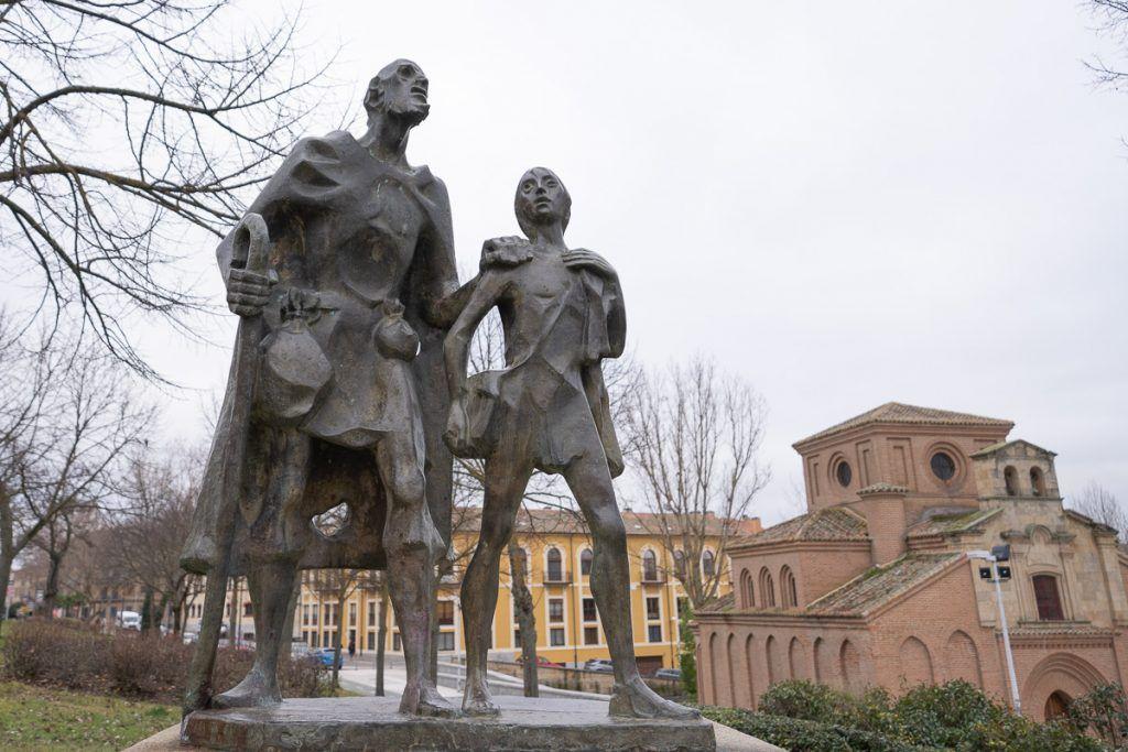 Qué ver en Salamanca: Estatua del Lazarillo de Tormes