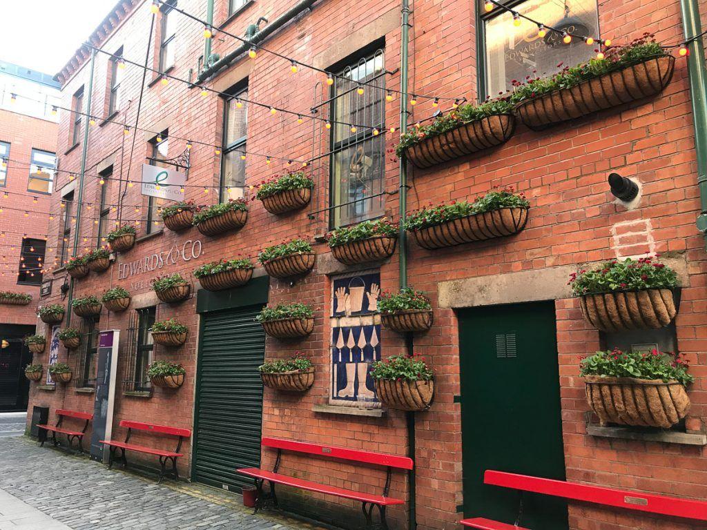 Qué ver en Belfast: Cathedral Quarter y Commercial Court