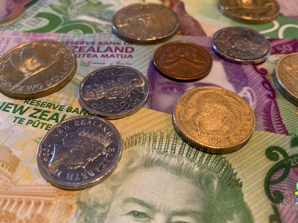 Guía de Nueva Zelanda: Moneda de Nueva Zelanda - organizar un viaje a Nueva Zelanda - curiosidades de nueva zelanda
